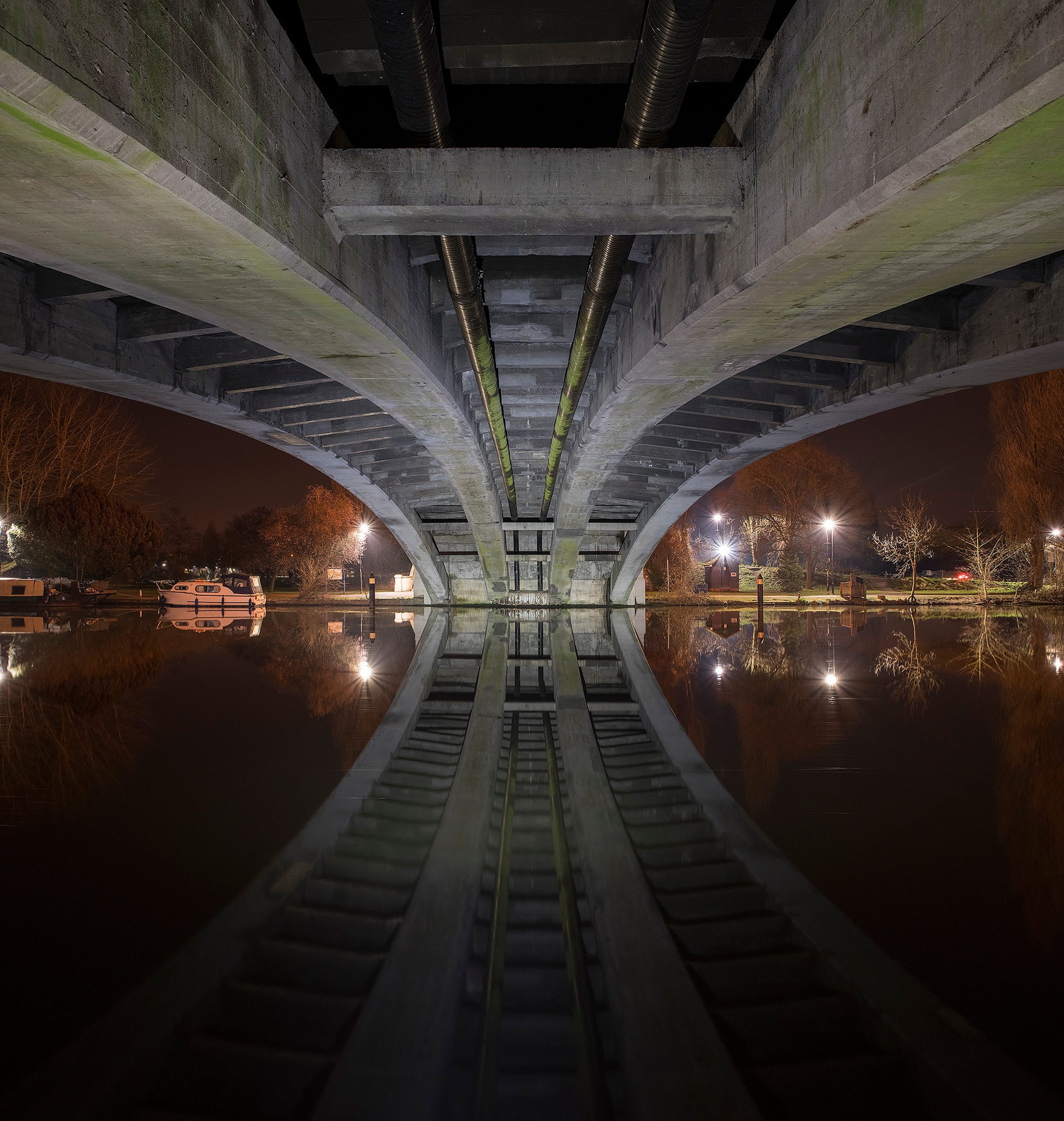 late night shots bridges Thames - forgottenheritage | ello