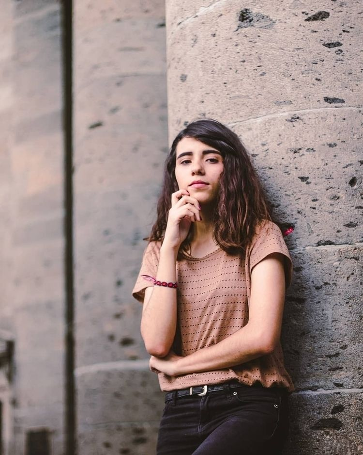 Classic girl :rose - portrait, photo - marcocasillas | ello