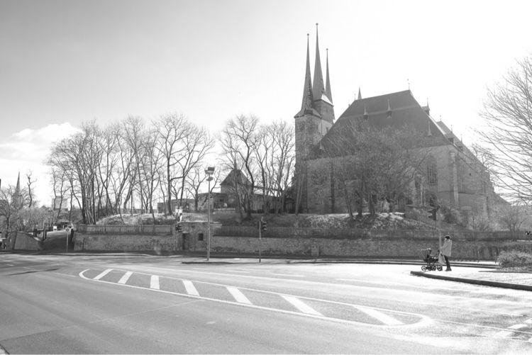 streets Erfurt - Dom und Severi - royfocke | ello