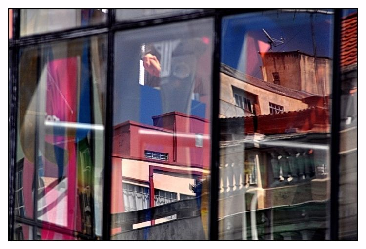 reflections - reflexo, surreal, curitiba - jsuassuna | ello