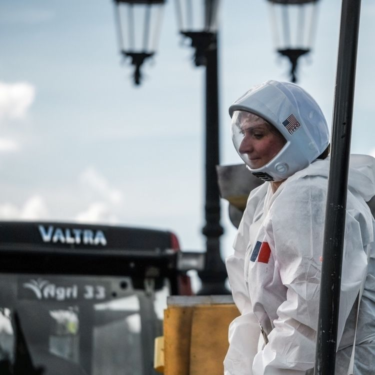 carnival, cosmonaut, costume - ulyssepicture | ello