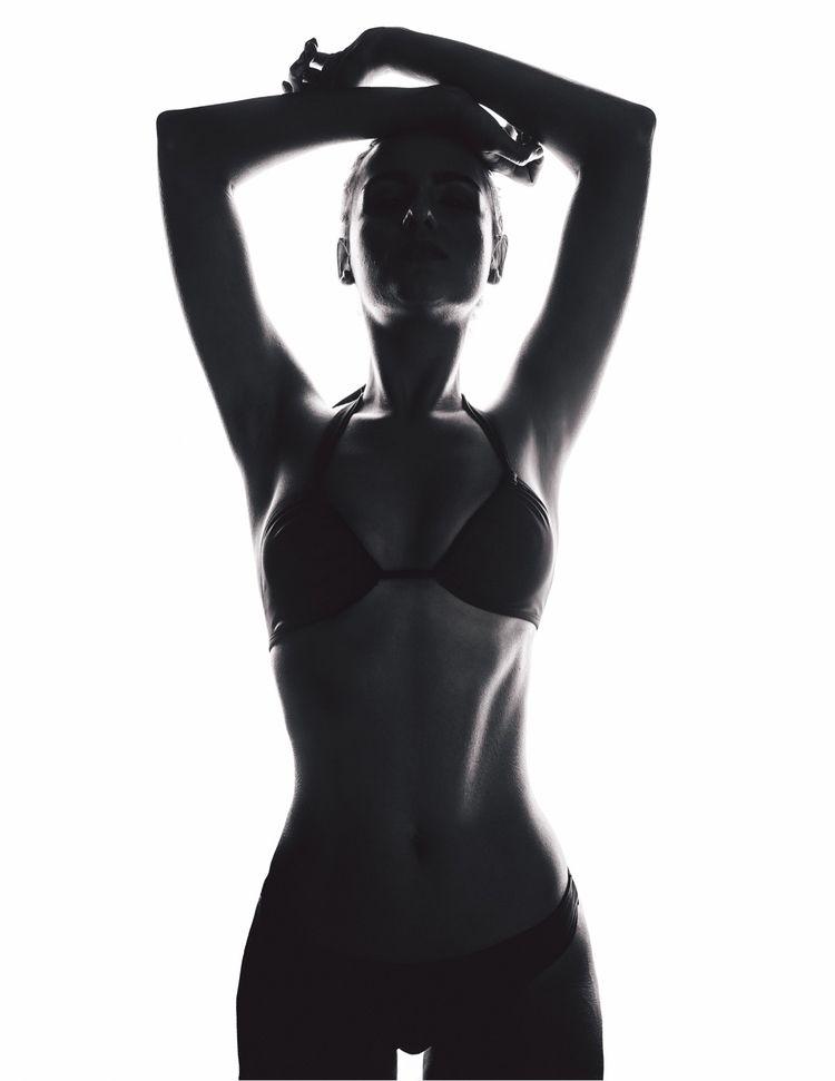 Model Silhouette Project, Marce - marciagamma | ello