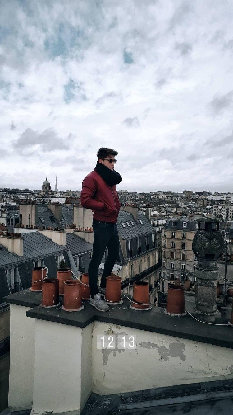 Paris - rogerparra12 | ello