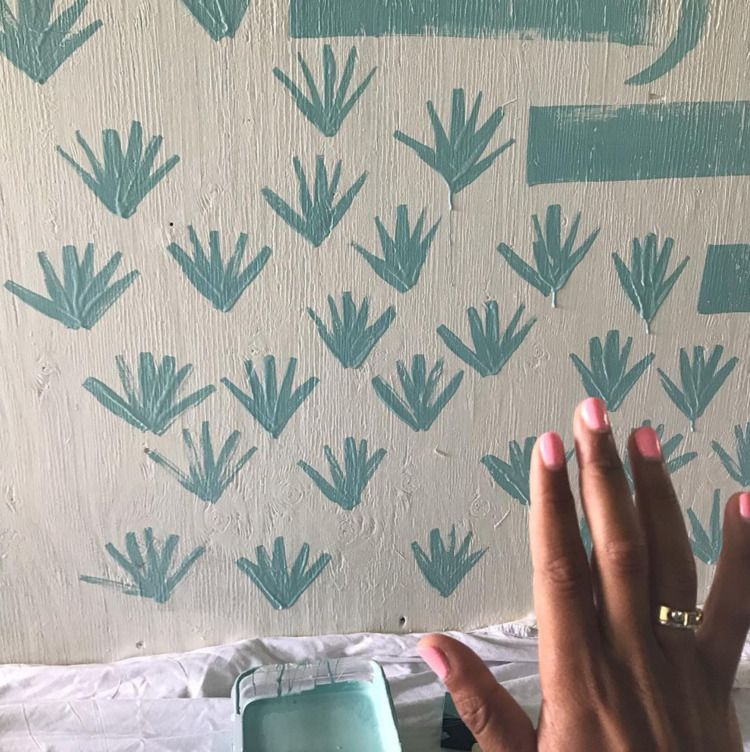 High fives aloes  - process, pattern - crystalfischetti | ello