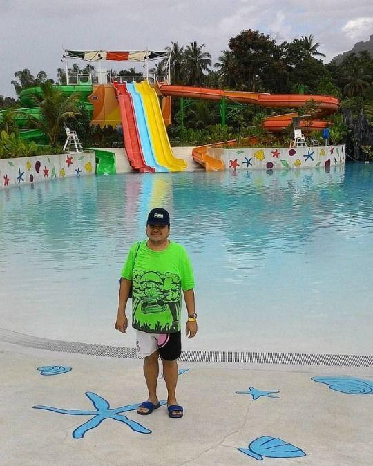 brother Joepet visiting Palawan - vicsimon | ello