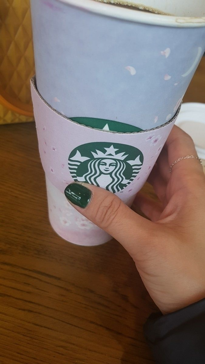 Starbucks green- nail green col - mizzang | ello