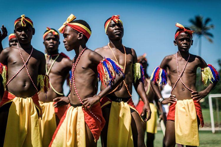 African Dance... Dancers wearin - rajeshjantilal | ello