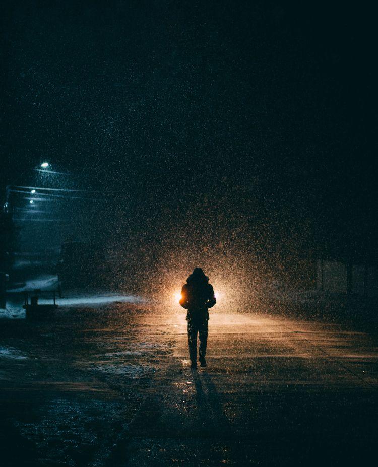 Lonely beautiful - night, light - oanceaalex | ello
