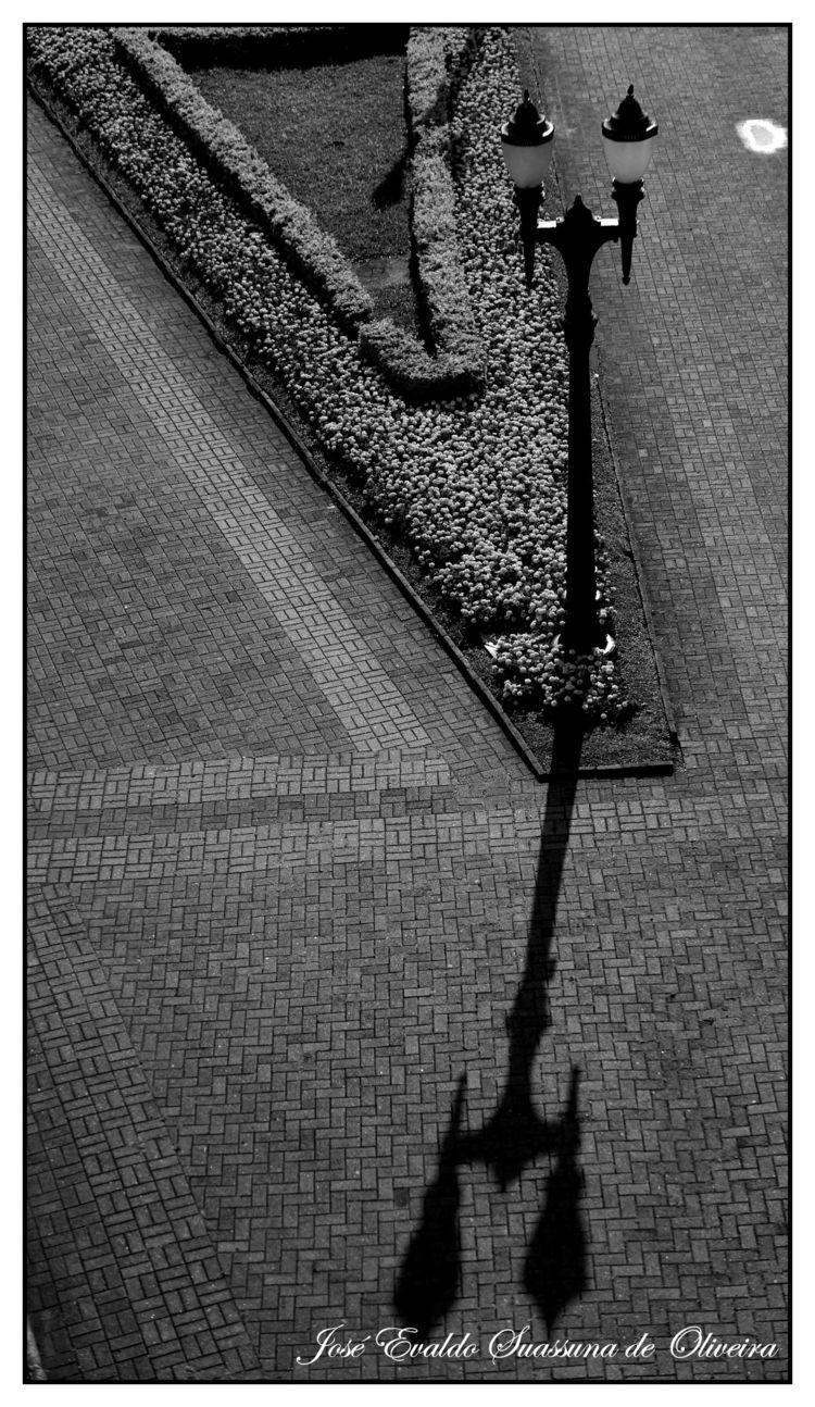 Parque Tanguá - curitiba, shadow - jsuassuna | ello