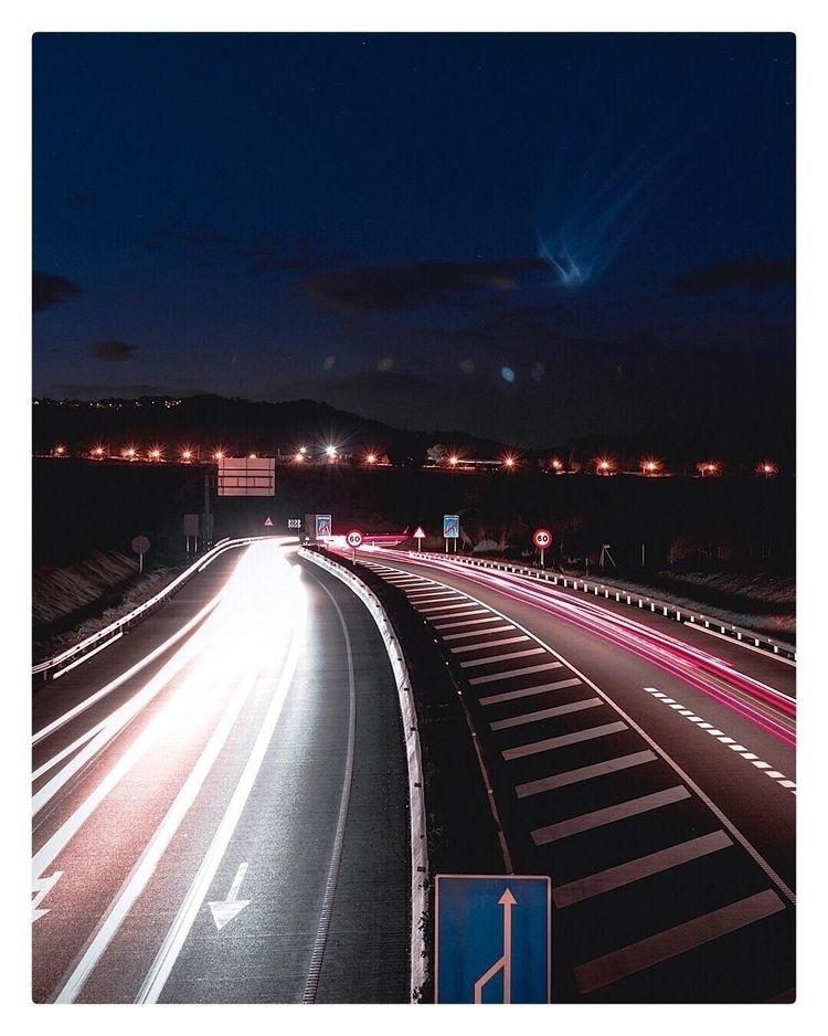 Night Traffic highlights - car, cars - noelgar99 | ello
