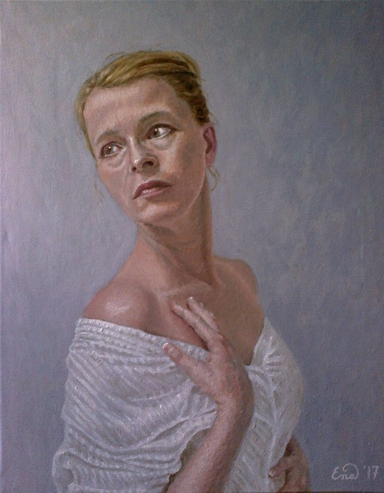 HOPE selfportrait artworks. Oil - enavarsavikova | ello