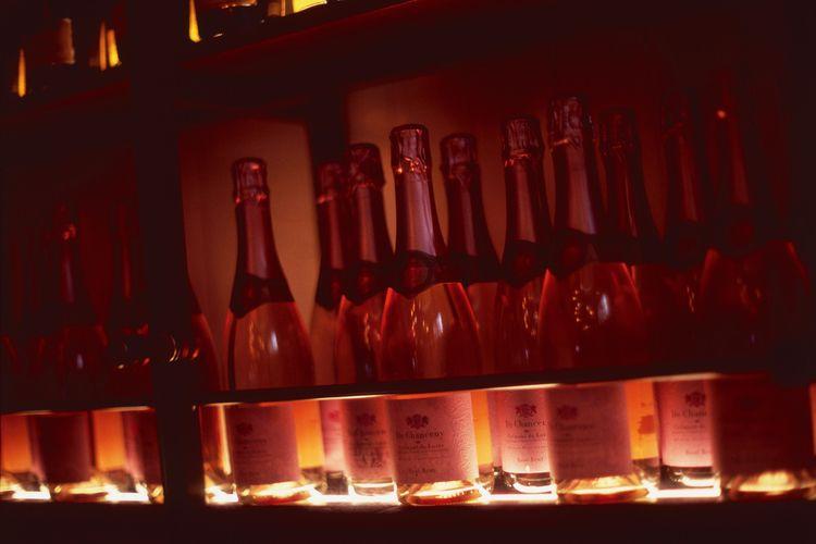 Bubbles Covent Garden West Bris - dropshot   ello