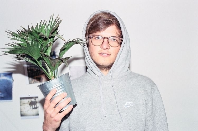 Analog Vibes - 35mm, canon, plants - michaelnowatzky | ello