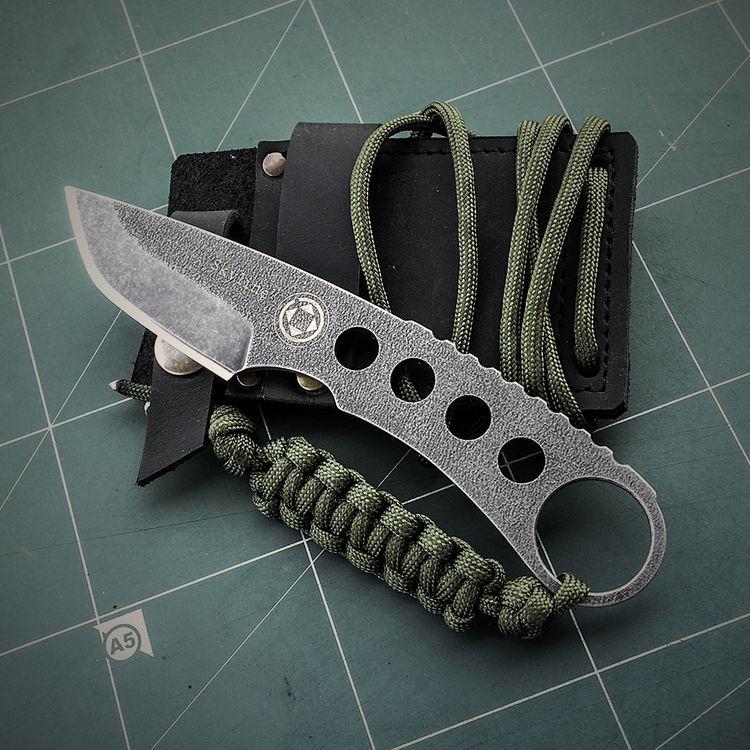 handmade skeleton knife. Skylin - dettidkun | ello