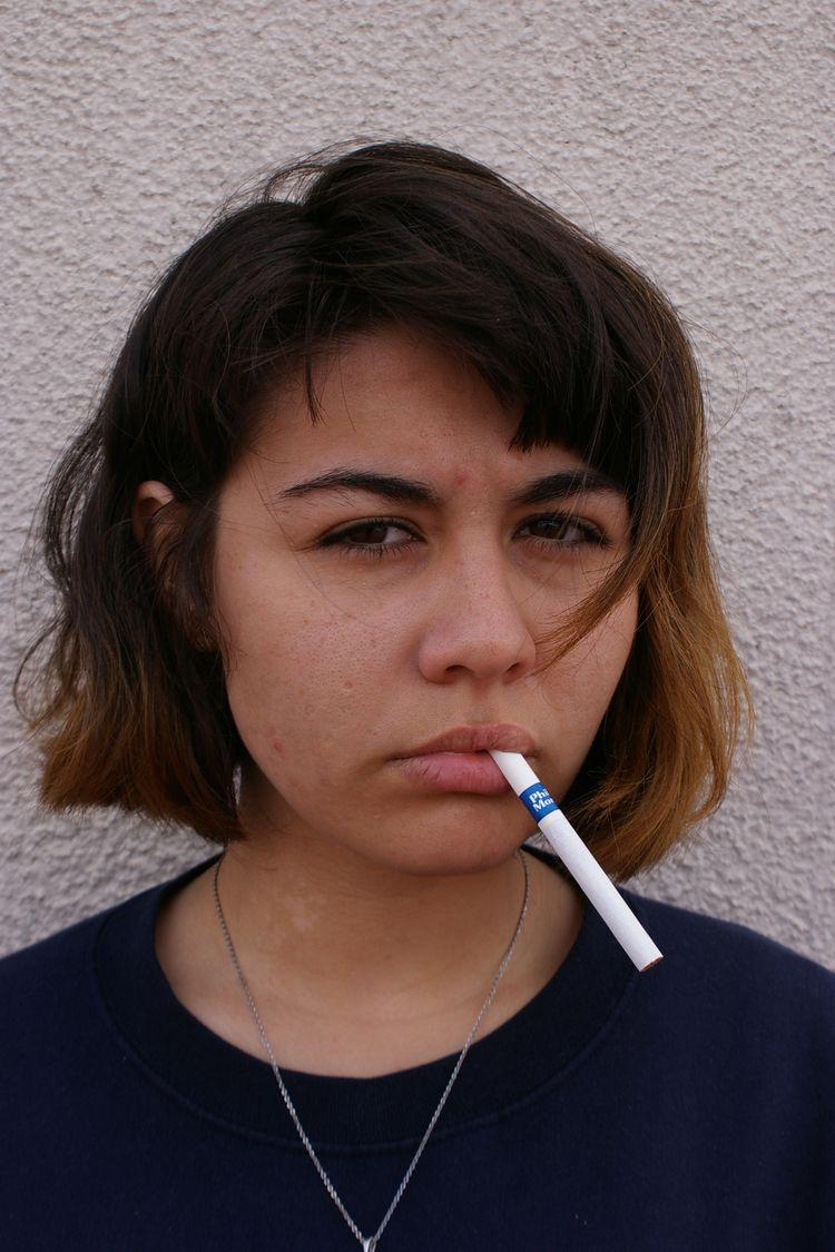 cigarette, pentax, woman, girl - solfbonilla | ello