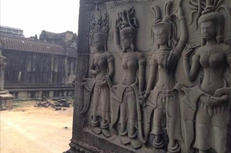 :round_pushpin:Angkor Wat - kjett | ello