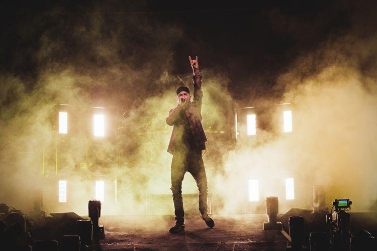 Flames Manchester Arena - concert - cornflakesonfire | ello