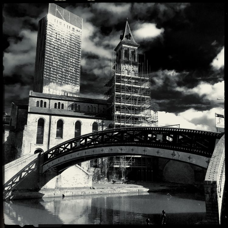 Tower,#Clouds,#Hilton,#Hotel,Po - zawnguy | ello