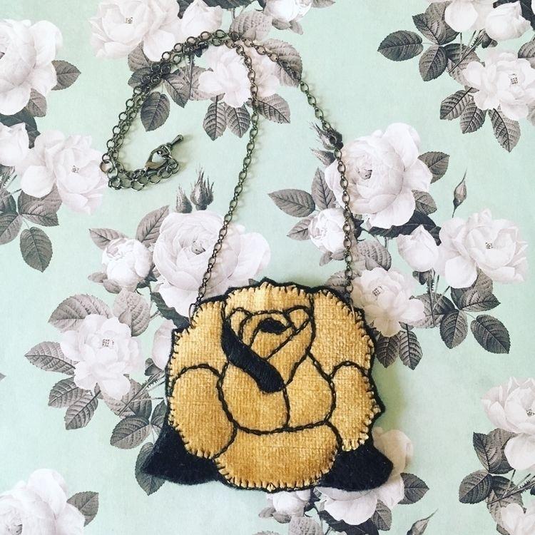 embroideredjewelry, handmadejewelry - crossthepop | ello