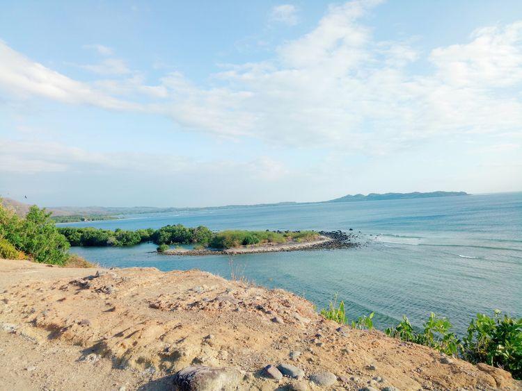 Hidden Beach Lian, Batangas. PH - rheaiyah | ello