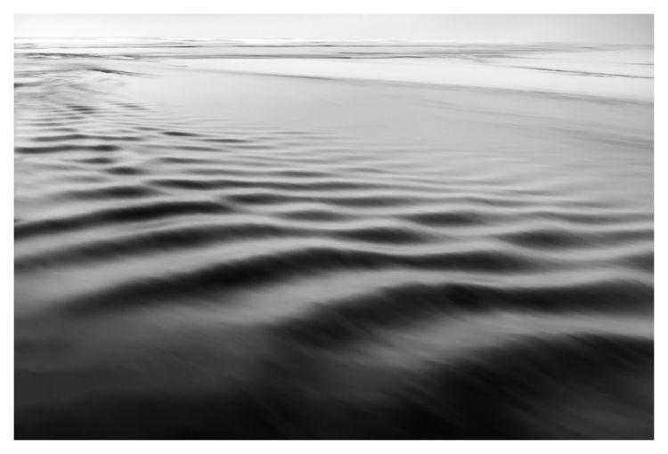Mysterious ripples | Ondulation - murielleetc | ello