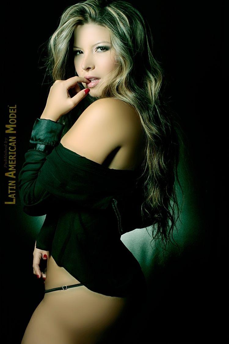 Modelo Verónica Gomez para Maga - lamrevista | ello