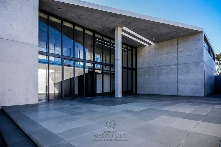 beautiful concrete beach house  - marquecho | ello