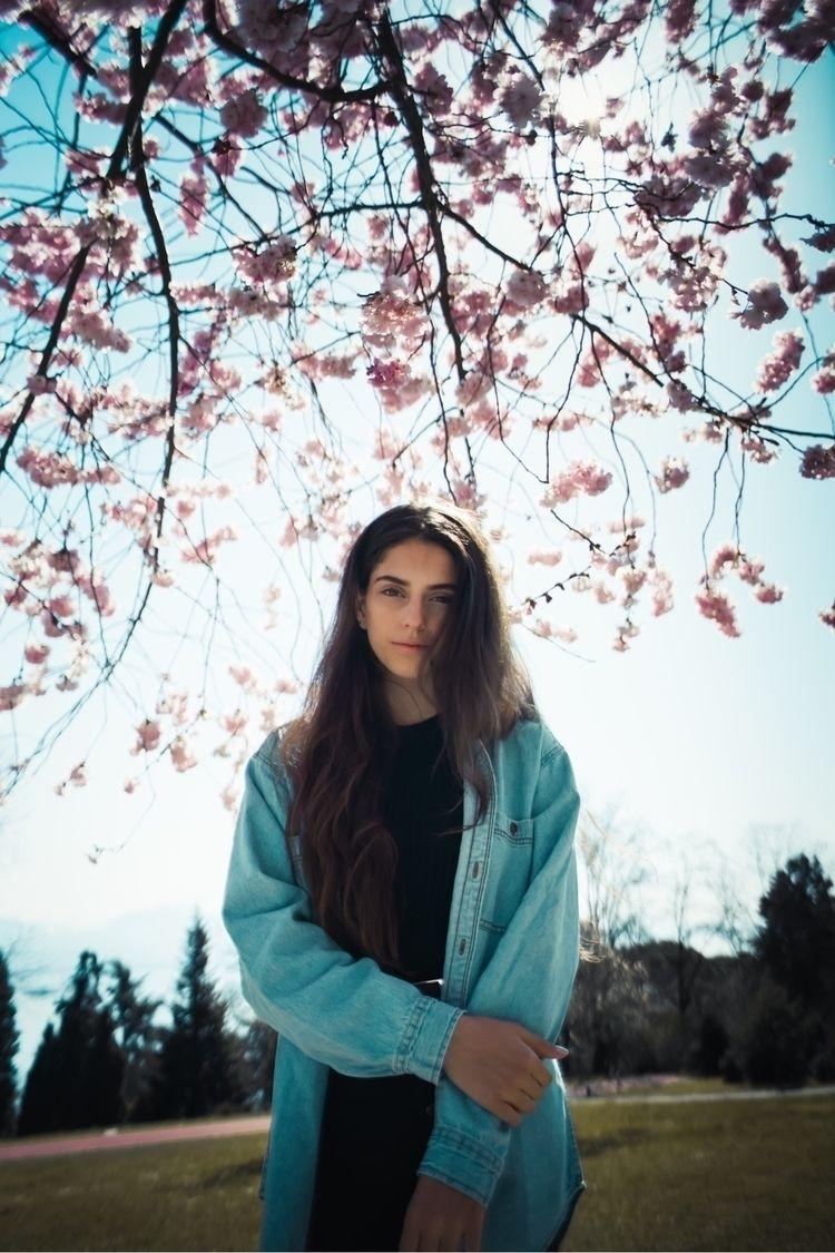Flowers blooming ! Model Zara - Portrait - pierre_jpg | ello