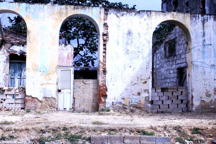 Fallen Beauty- Cuba - kailacharlette   ello