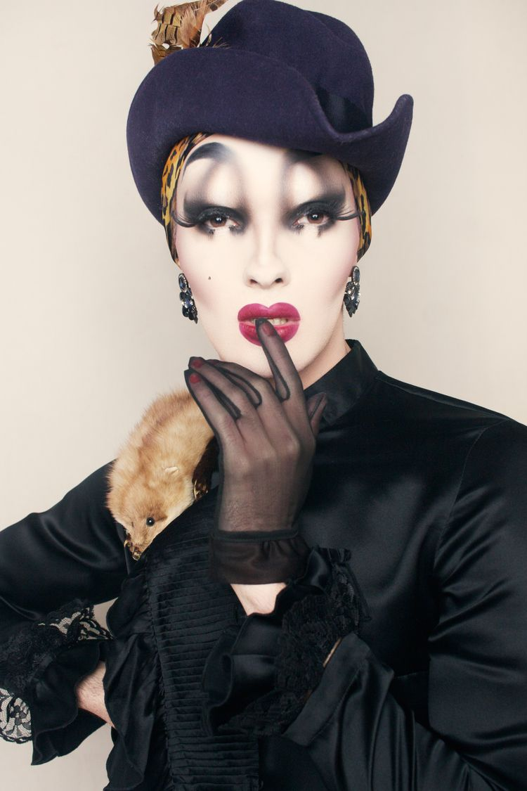 Iconic Drag Queen Drü Holiday P - brianbrigantti | ello
