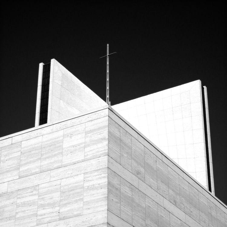 Perspective - architecture, monochrome - bkleemann | ello
