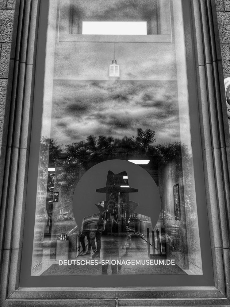 Espionage Museum, Berlin - espionage - renspacemadness | ello