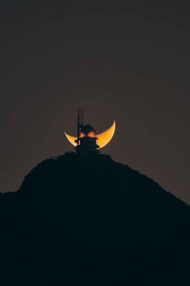 Submitted Moonlight - edwardtin   ello
