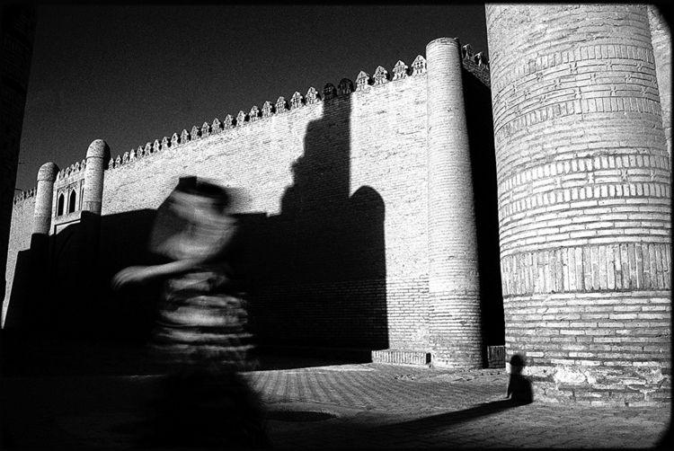 dancer, Khiva, Uzbekistan Photo - tajiko | ello
