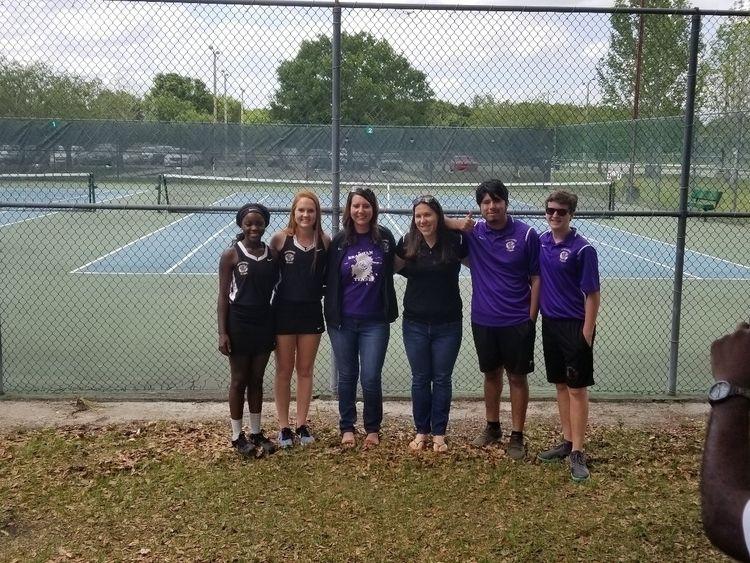 day tennis team - pbert01   ello