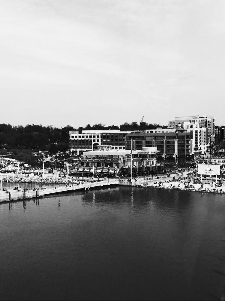 National Harbor - bnw, blackandwhite - lali_olivia | ello