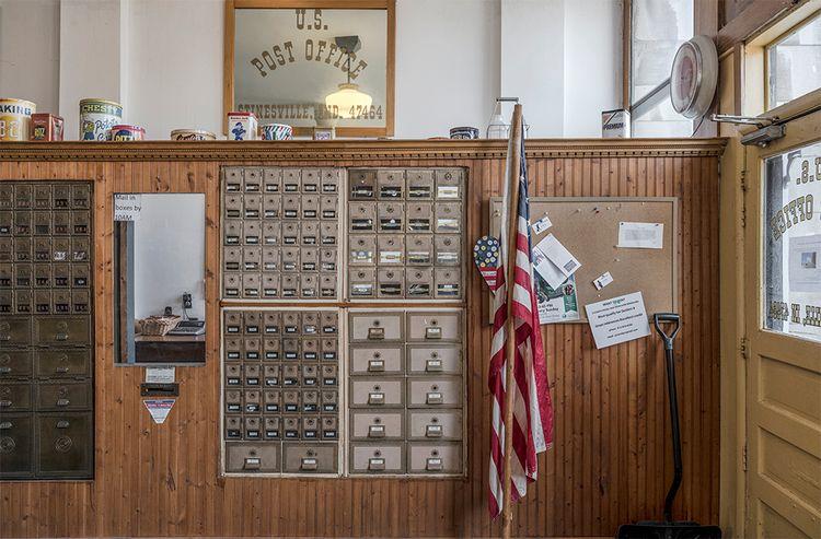 Post Office interior, Stinesvil - frankfosterphotography | ello