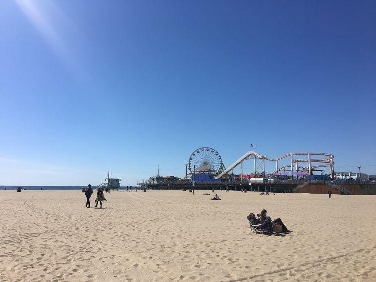 SantaMonica, beach, pier, sand - mikezafra | ello