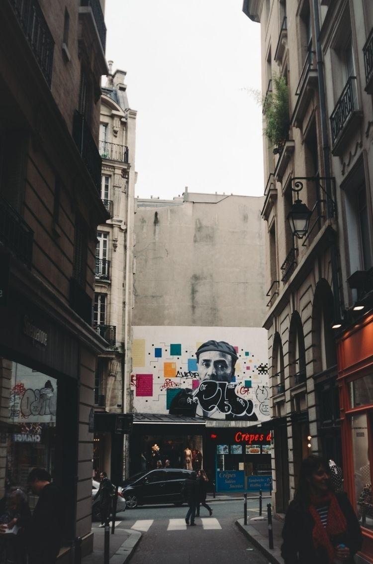 streetart, paris - josiahdavid | ello