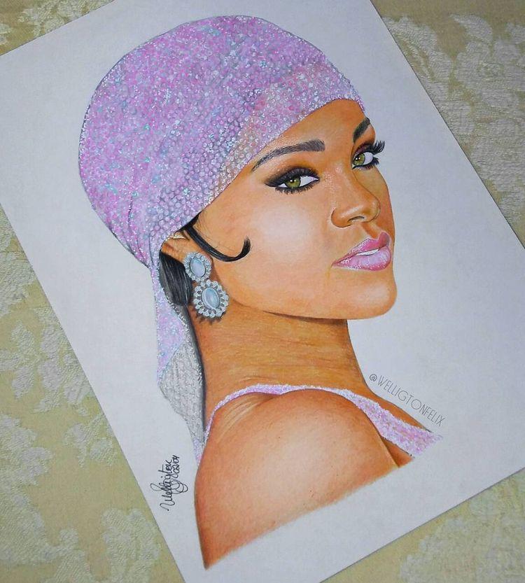 Rihanna CFDA - welligton | ello