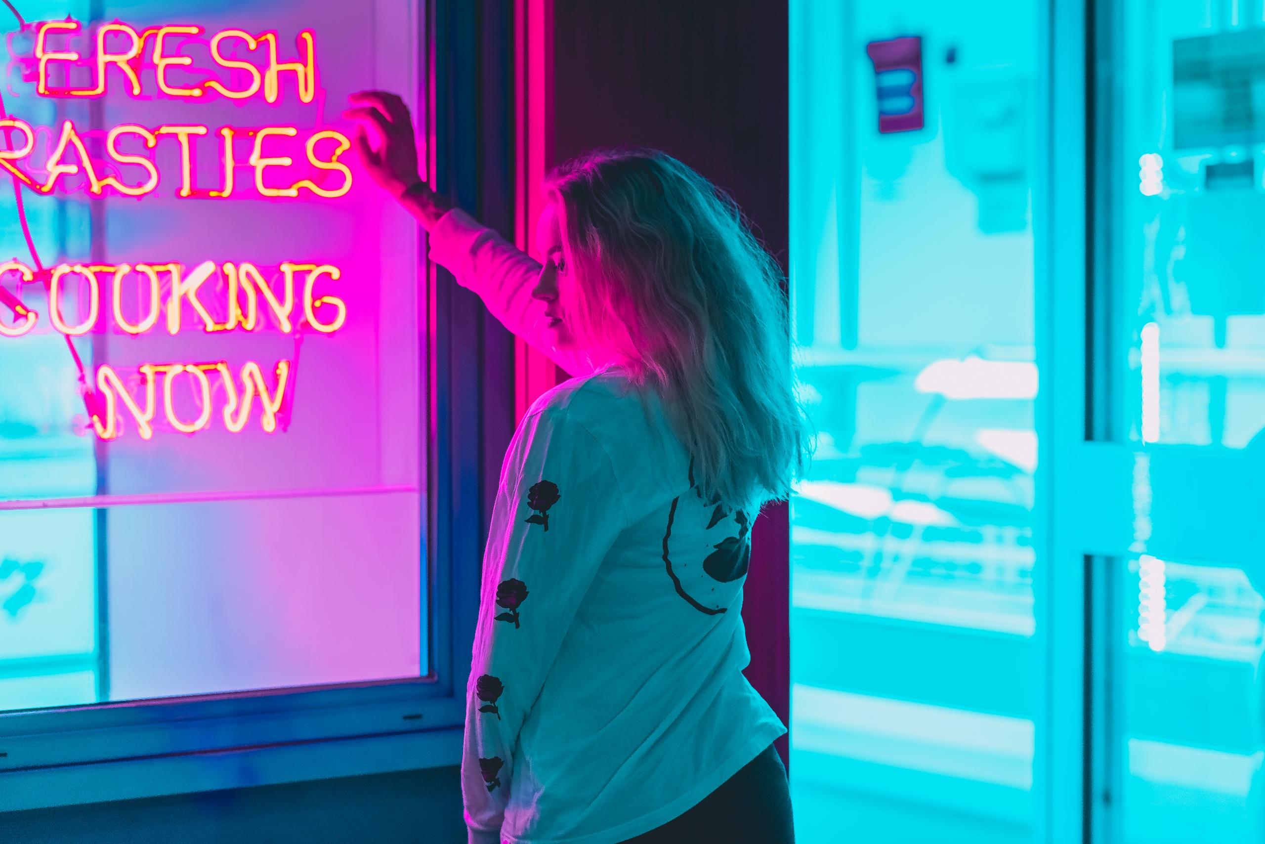 Gemma city nights (2018 - photography - markerwrisberg | ello