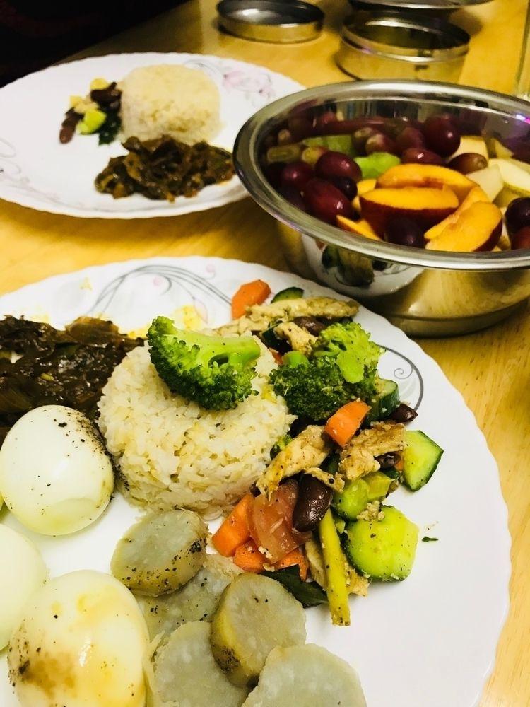 Dinner time - baiju_vijayan   ello