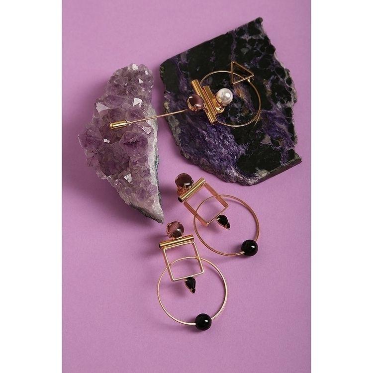 design, art, jewelry, earrings - monad_design | ello