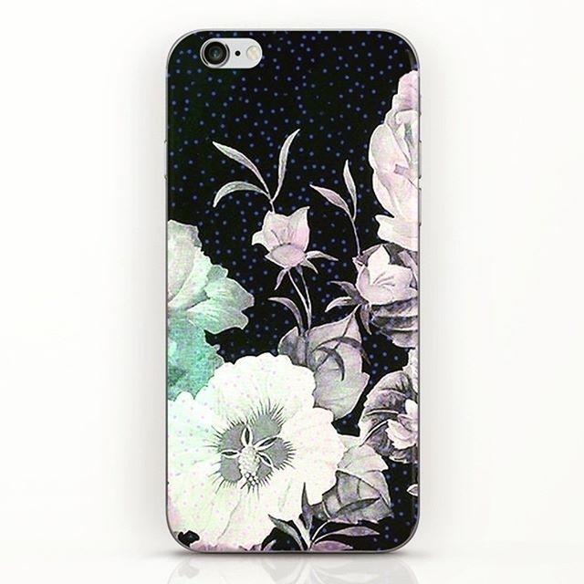 Flower designed phone case - szilvidsgn   ello