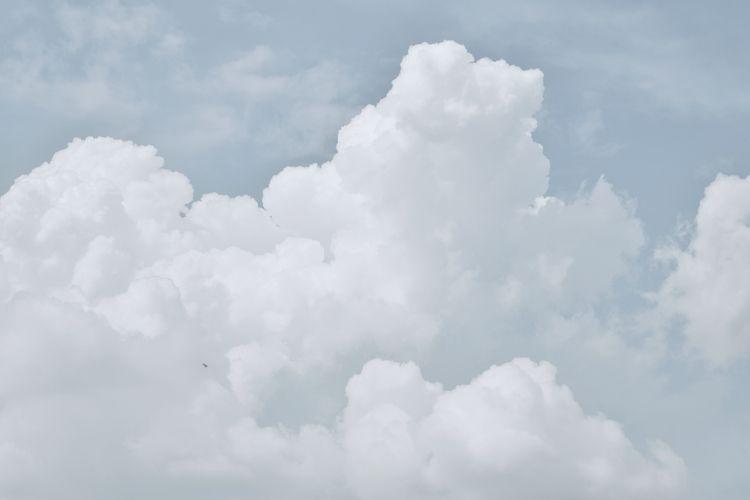 Cloud day - photography, minimalist - rafiif | ello