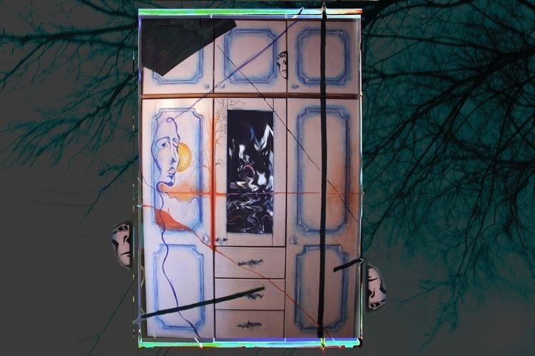 Cupboard . Deformation composit - shemet | ello