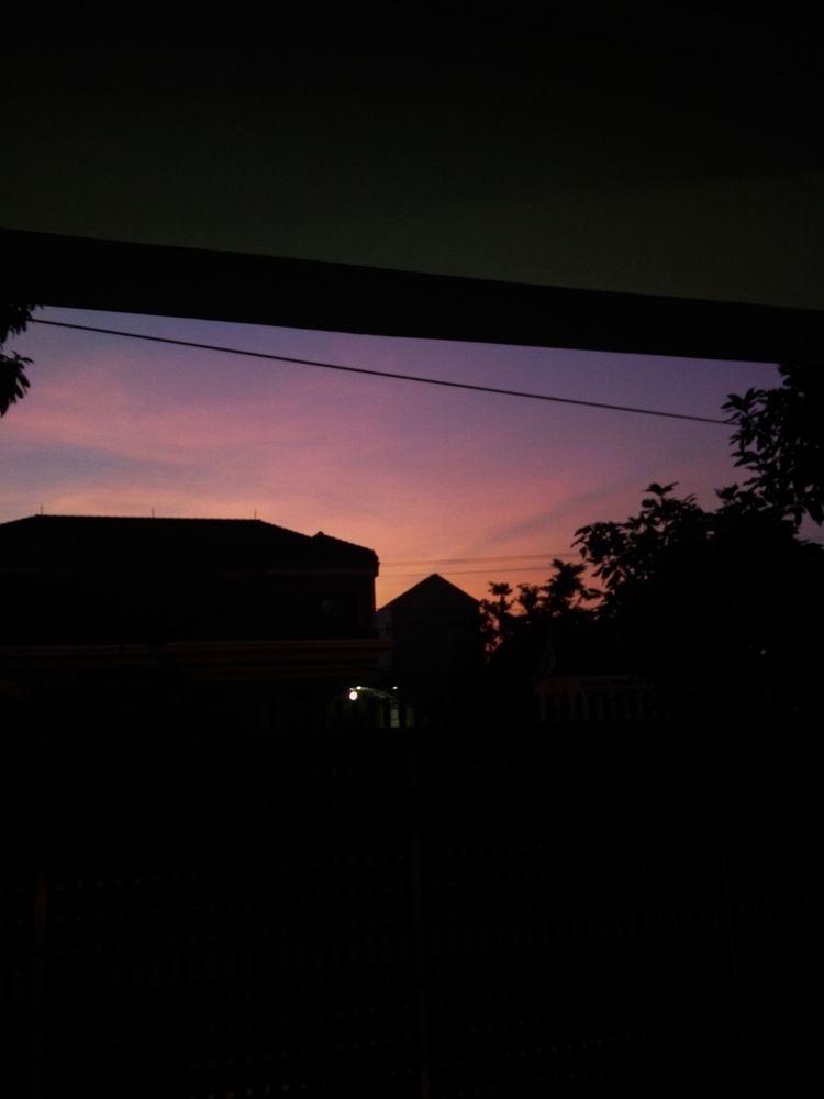 rikoyogapratama, sunset, house - rikoyogapratama | ello