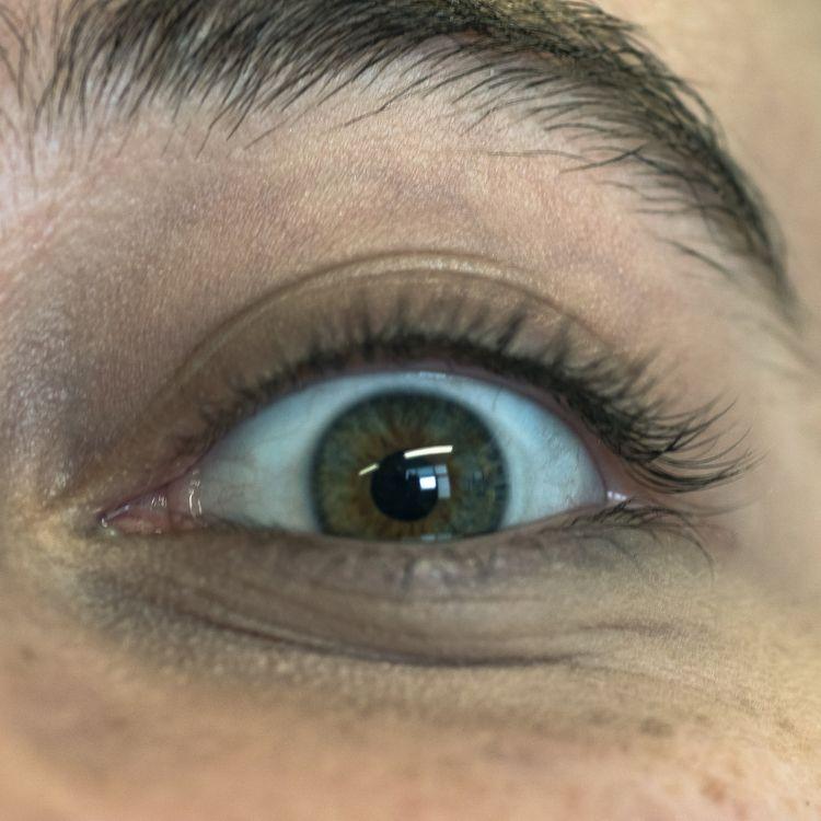 Eye - eniogodoy | ello