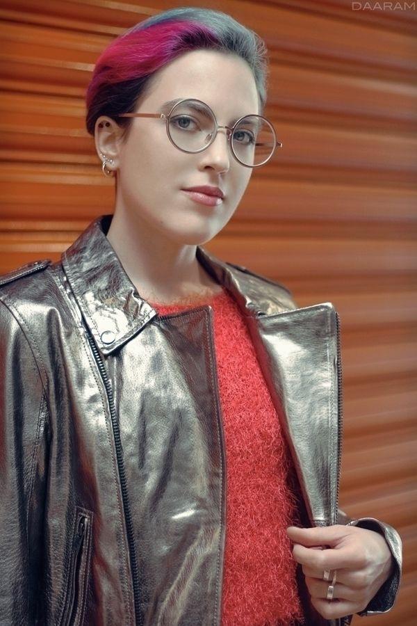Silver Jacket: Model, Styling:  - daaram-fashion | ello
