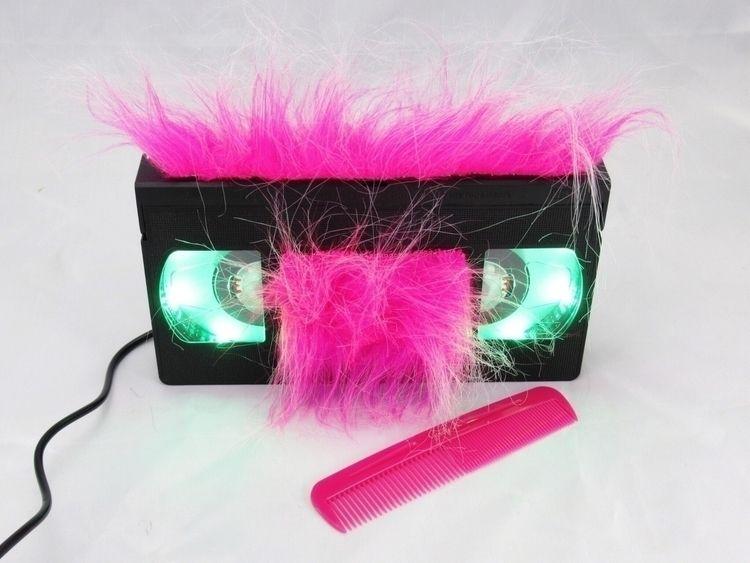 Uh, yeah, comb ... Pink, long p - egvastbinder | ello